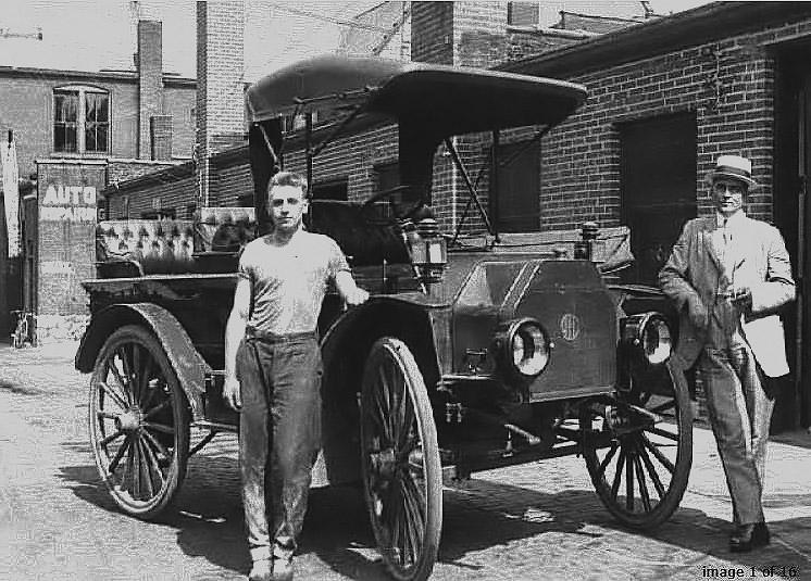 International Harvester Truck circa 1920